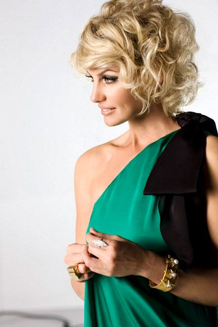 short curly Thirty Ideal Brief Curly Hairstyles 2013 – 2014
