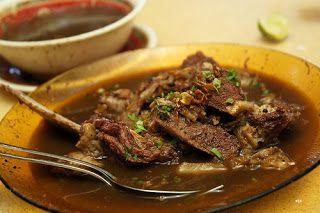 Iga Bakar dan Sop Konro Karebosi, Wisata Kuliner di Makassar http://anekatempatkuliner.blogspot.co.id/2016/12/makanan-enak-di-makassar-yang-wajib.html