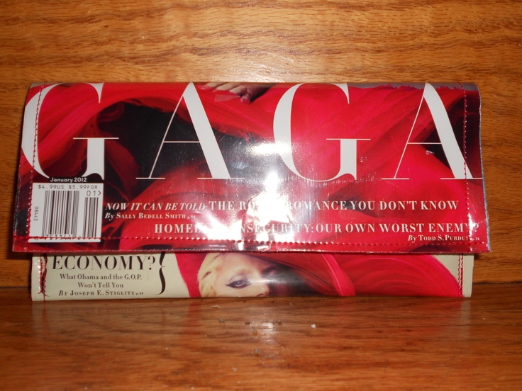 Magazine Clutch (this DIY project takes only 30 minutes)