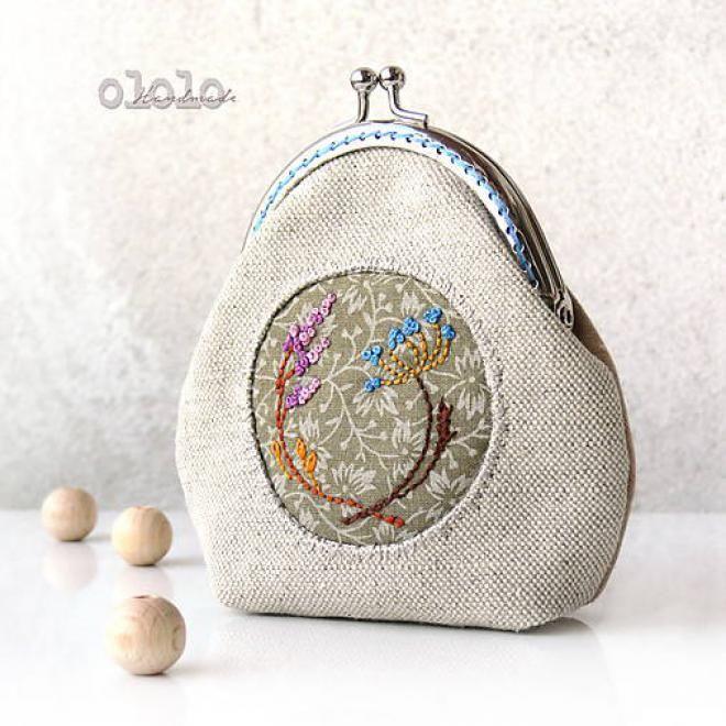 Ako vznikajú krásne vyšívané peňaženky z dielne OLOLO? Prečítajte si zaujímavý rozhovor.