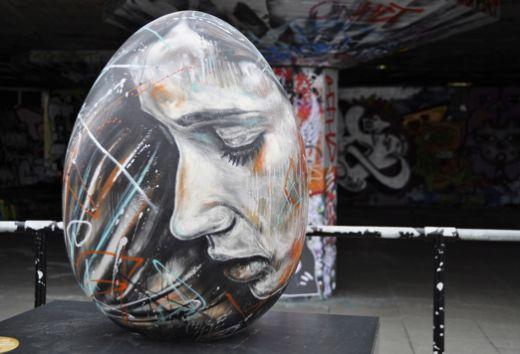 Graffiti_Street Art_Easter Easter egg by David Walker created for the Faberg
