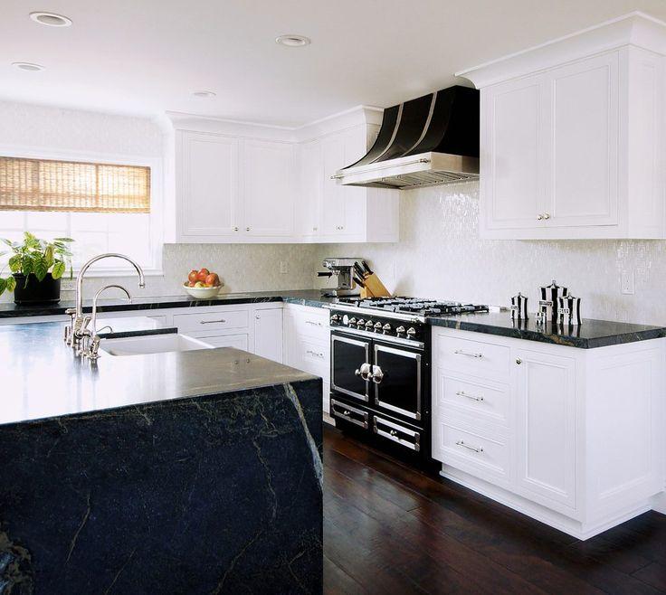 Kitchen Cabinet Crown Molding Ideas: 25+ Best Crown Molding Kitchen Ideas On Pinterest