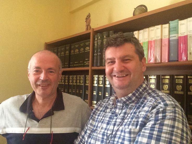 Συνάντηση και συζήτηση συνεργασίας με τον φίλο και δημοσιογράφο, Γιώργος Ταχτσίδη. [Meeting and discussion of cooperation with friend and journalist, George Tachtsidis]