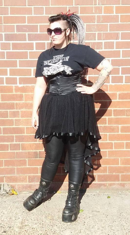 Mesh teardrop skirt with ribbon trim, sleek gothic, goth, nu-goth by NightshadesClothing on Etsy