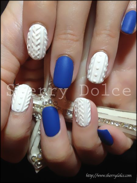 Blue / White / Quilted Nails