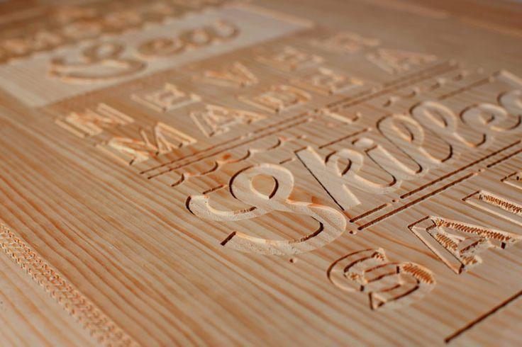 """Este proyecto es una campaña de auto promoción que se sustenta en la idea de """"Usar la creatividad para contar cosas"""", a través del lettering y utilizando la madera como materia."""