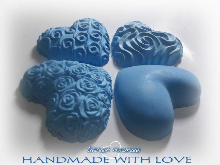 Cuori in gesso ceramico di alta qualità, con profumazioni a scelta tra fragranze ed olii a disposizione in questo album https://www.facebook.com/media/set/?set=a.601337796684525.1073741847.298198586998449&type=3  #handmade #crafts #creativity #handmadewithlove  #gessetti #cuore #cuori #heart #hearts #seguiteilbiancocigno