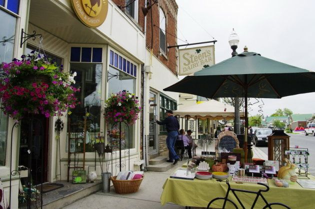 Size doesn't matter when it comes to choosing the perfect road trip destination, but charm does. In Ontario's York Durham Headwaters region, there's a myriad of pint-sized towns that deliver big appea...