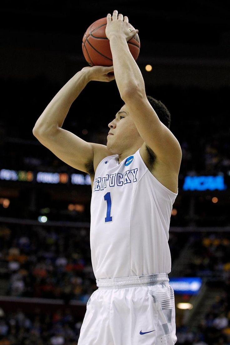 Devin Booker goes 13th to Phoenix! That's four lottery picks for @KentuckyMBB!