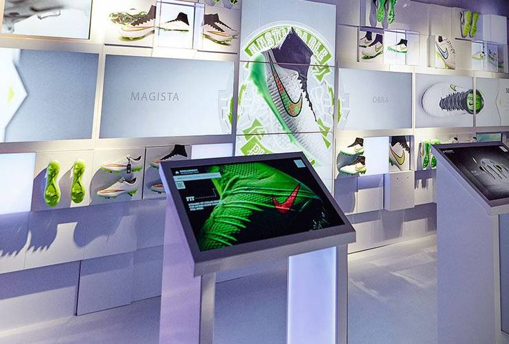 1537 best shop window images on pinterest shops retail for Green room retail
