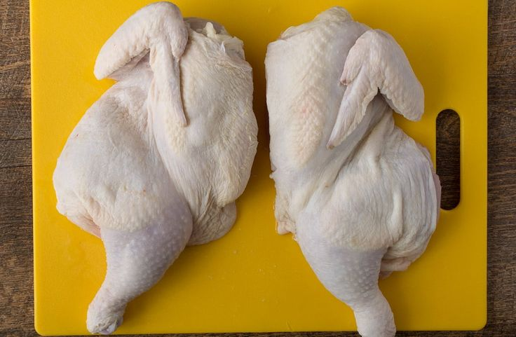 How to butterfly (or spatchcock) a chicken. A chicken prepared this way cooks up quickly with juicy meat…