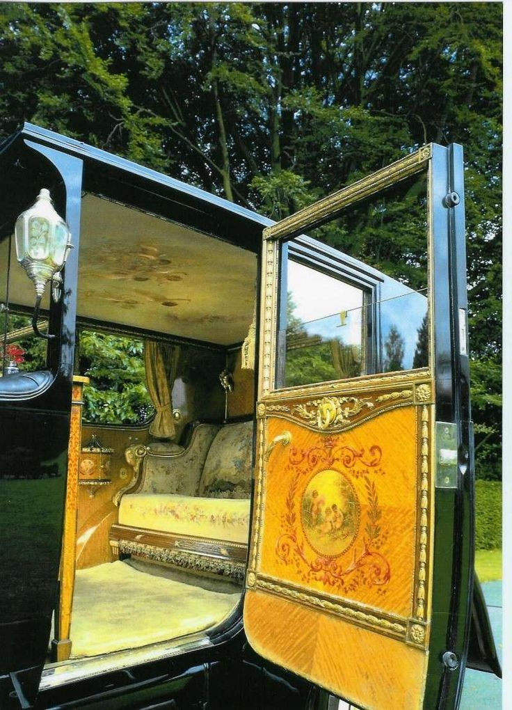 "1926 Rolls-Royce Phantom 1 (de-intérieur) ~ Commissioned for Louis XVI ~ Miks' Pics ""Rolls-Royce"" board @ http://www.pinterest.com/msmgish/rolls-royce/"