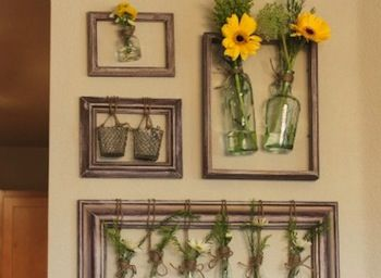 Старые рамы для картин и фотографий можно легко превратить в стильные предметы декора