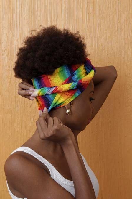 Semana da consciência negra: turbantes invadem a moda, sem dispensar tradições africanas