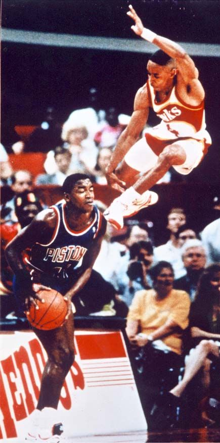 Spub Webb & Isaiah Thomas. The amazing verticality of Spud Webb, basketball history!