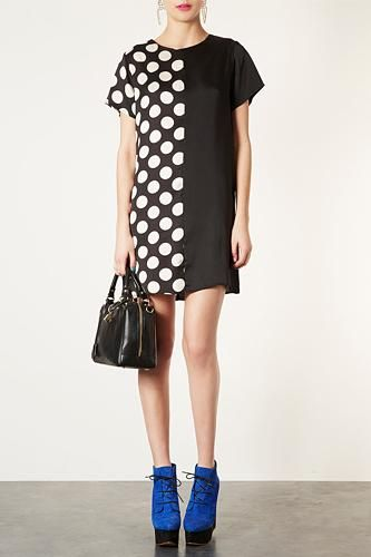 Refinery 29 reminds me to put together high contrast outfits this fall. Sounds good to me!