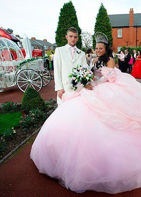Fat Gypsy Weddings Bride Sam Norton Has Slated Kate Middleton S Saying It Looked Like Had Come From A Charity