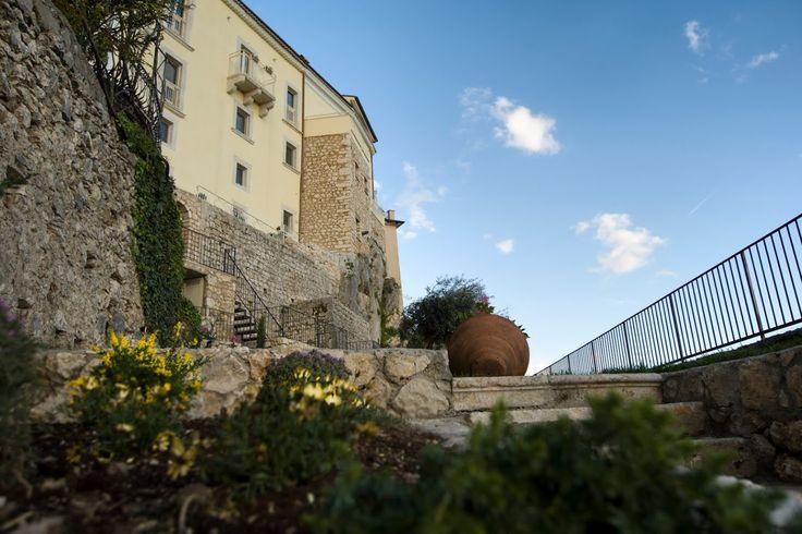 """Nato come Albergo Diffuso nel 2012, """"Sotto Le Stelle"""" si differenzia dagli alberghi tradizionali che potete trovare sul territorio"""