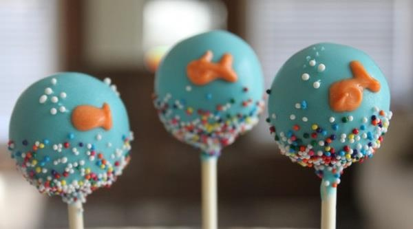 Cake pops fish ocean sea