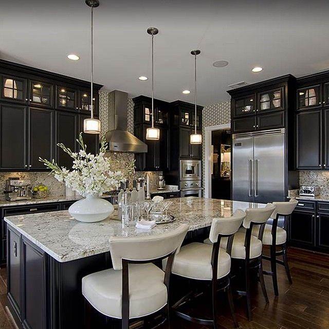 Interior Design @the_real_houses_of_ig Gorgeous kitchen!...Instagram photo | Websta (Webstagram)