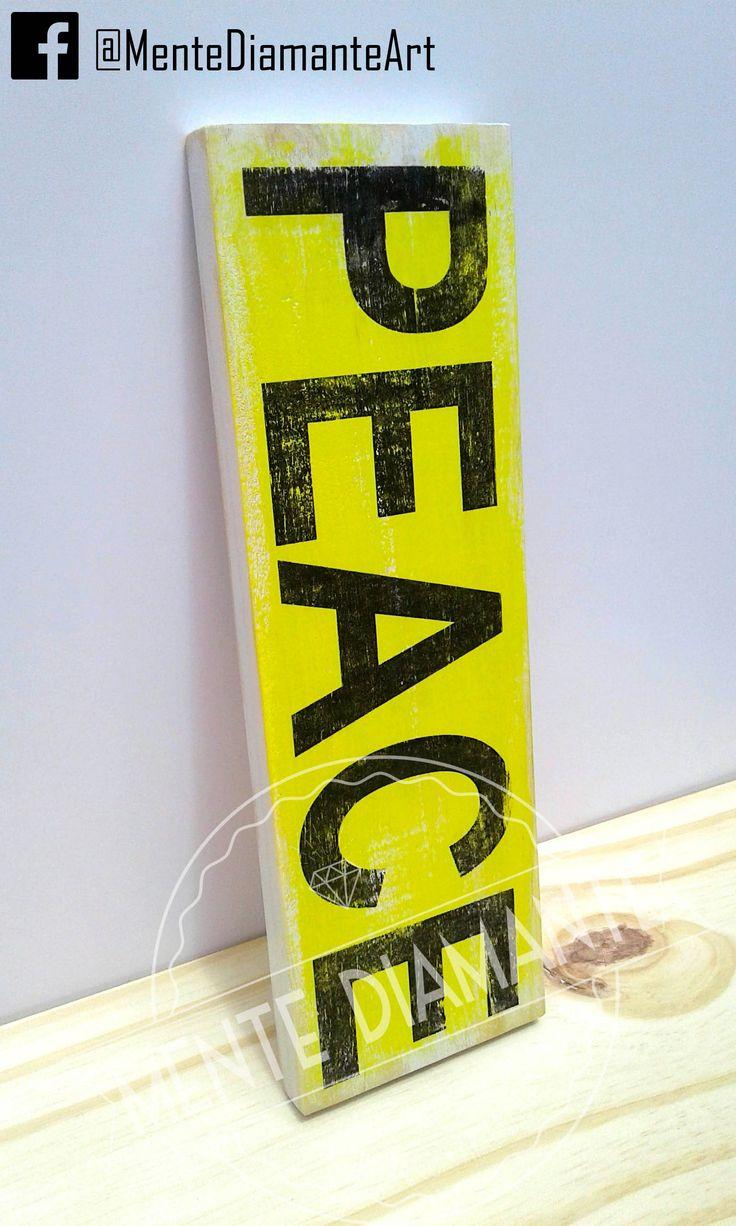 Cartel Vintage de madera PEACE. Para Colgar o Apoyar *Medidas: 30x10x2cm *Pintado y barnizado con LACA *Color de fondo a elección. Las más pedidas: HOME / LOVE / LIVE / MUSIC / HOPE / AMOR & PAZ / VIVE FELIZ / WELCOME * Nombres * Palabras personalizadas. Ideales para: *Deco hogar *Palabras positivas *Regalos *Souvenirs. Mente Diamante. #Carteles #Palabras #Vintage #Madera #Artesanal