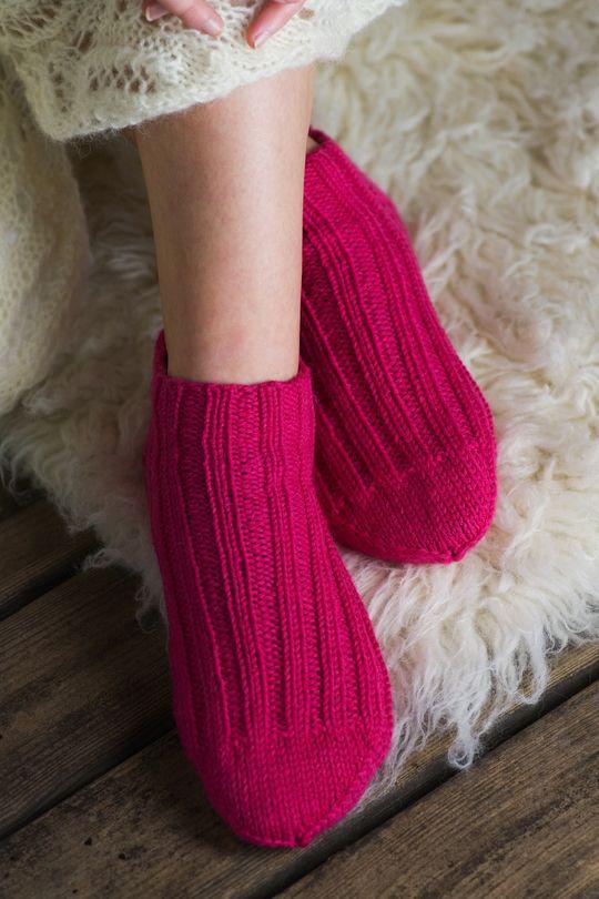 Neulotut sukkaset Novita 7 Veljestä | Novita knits