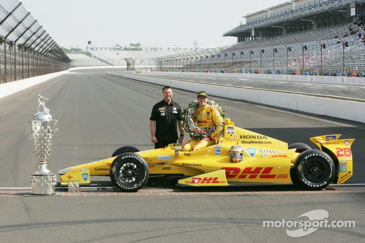 Ryan Hunter-Reay and team owner Michael Andretti