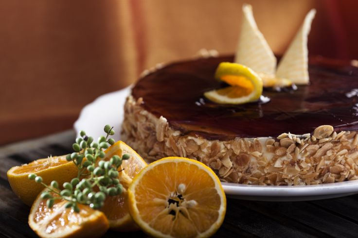 Τούρτα Πορτοκάλι Καραμέλα ( Orange and Caramel gateau ) from Afoi Asimakopouloi, Athens http://asimakopouloi.com/