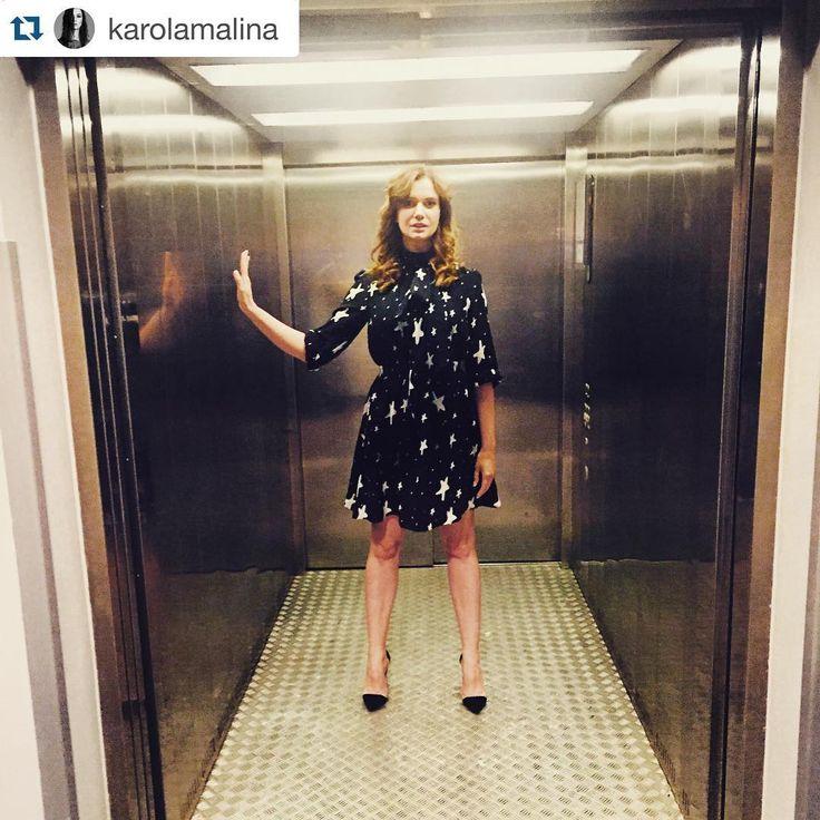 #Repost @karolamalina in @baldowskiwb ⭐️⭐️⭐️・・・ Gwiezdne wrota. Gwiezdna sukienka. #love #fashion #dress #stars #zaquad