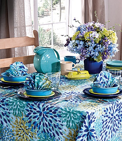 17 best images about fiesta ware on pinterest peacocks for Table linen color combinations