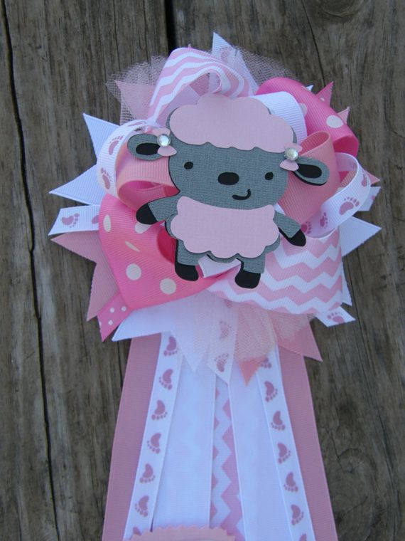 corsage-mommy to be- lamb baby shower