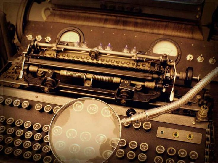 Steampunk Keyboard Magnifying Glass