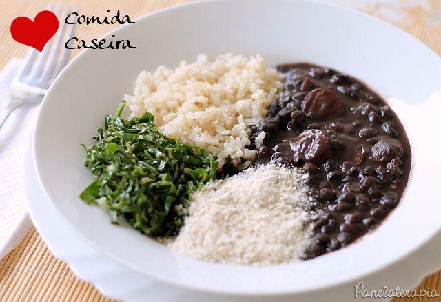 PANELATERAPIA - Blog de Culinária, Gastronomia e Receitas: Feijão Preto com Linguiças