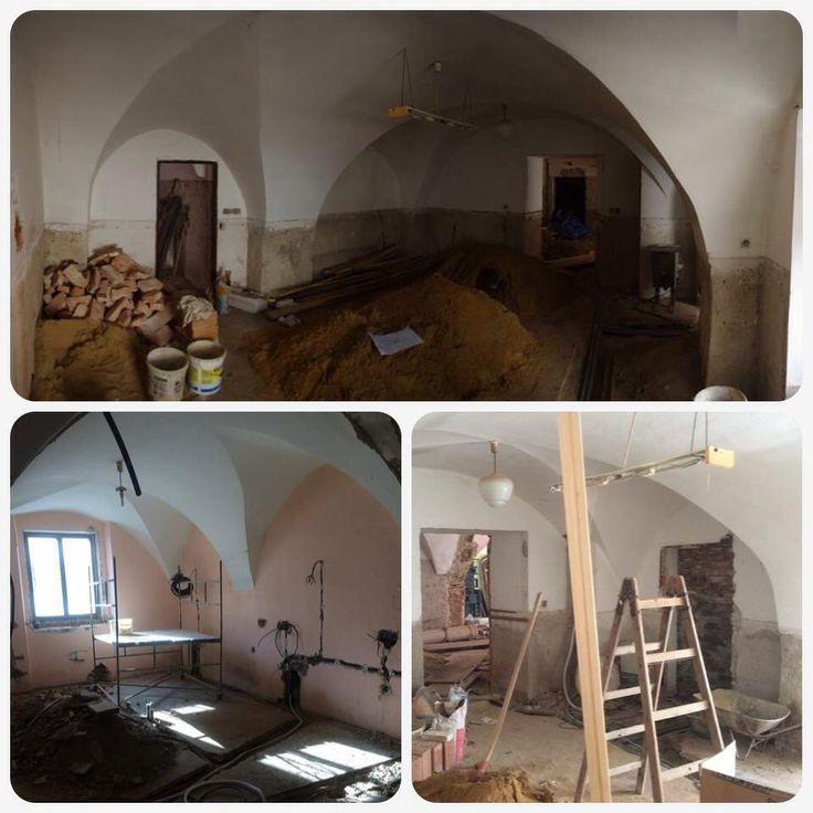 Rekonstrukce baru Thir v Táboře. Takto vše vypadalo na začátku. #thirwinebar http://thir.cz/