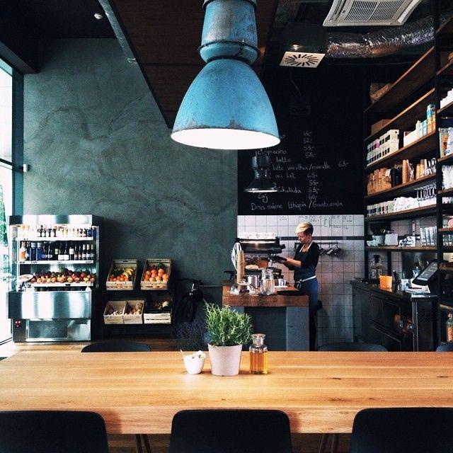 Home Kitchen, Prague // photo by @kellypurkey