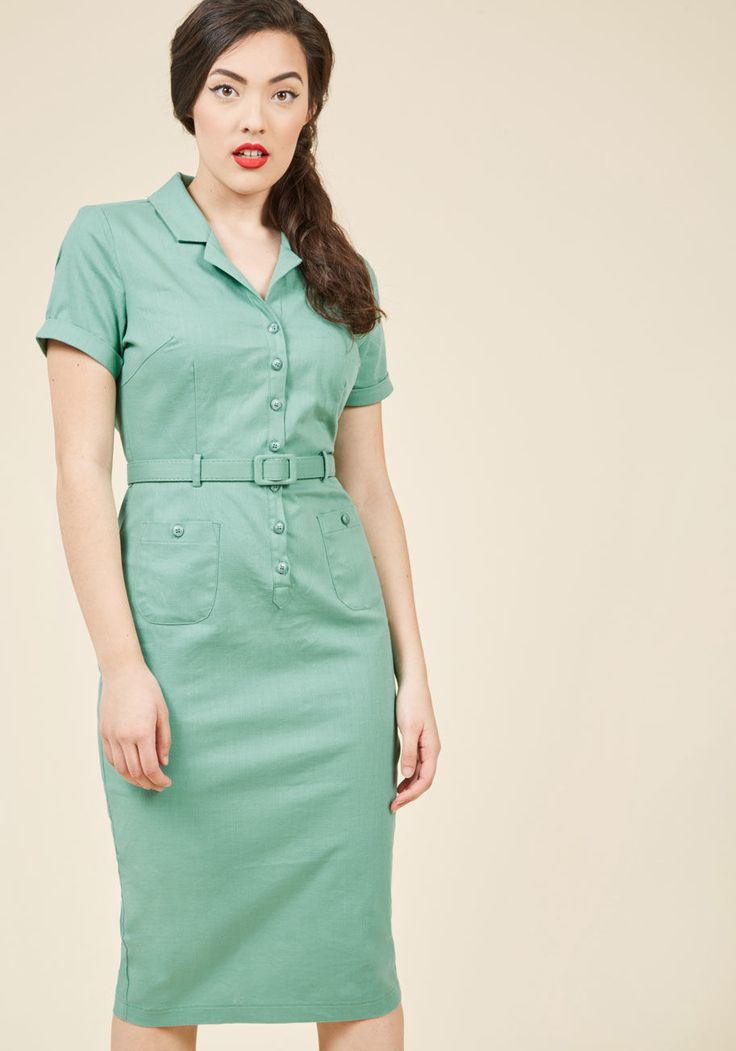 <p>Ahh, the fashionable finesse of bygone times! You embody just what made those decades special while decked out in this pale green sheath dress - an incredible offering from collar to pencil skirt! Cuffed sleeves, a matching belt, and patch pockets contribute both to the retro vibe of this stunning number, and to your deep love of throwback style.</p>