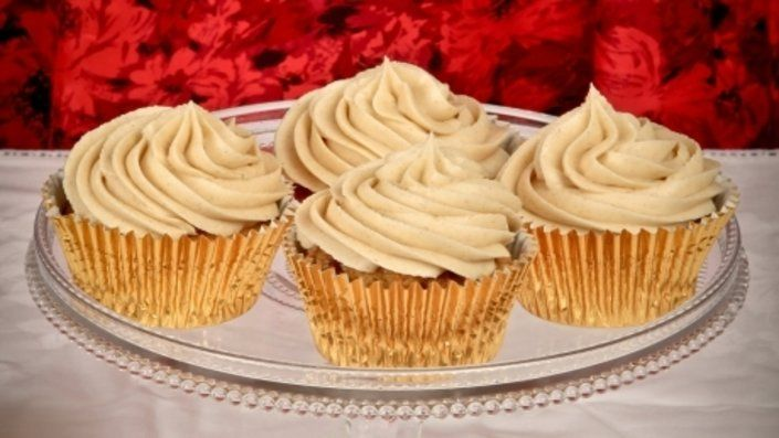 Look at this recipe - Cinnamon Swirl Cupcakes - from Charlotte White and other tasty dishes on Food Network.