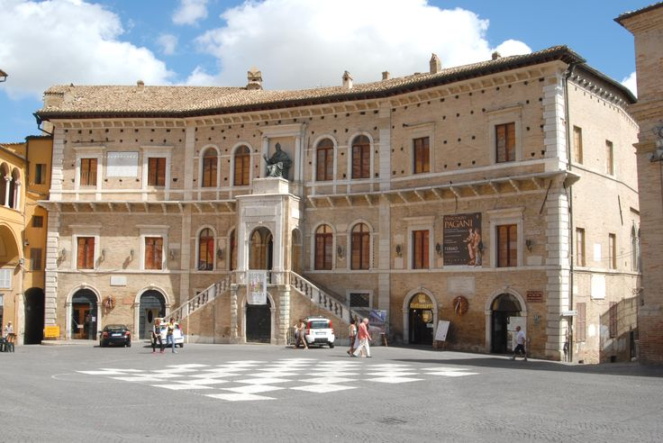 Palazzo dei Priori #marcafermana #fermo #marche
