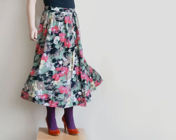 Vintage georgette spring skirt midi floral skirt in black by plot