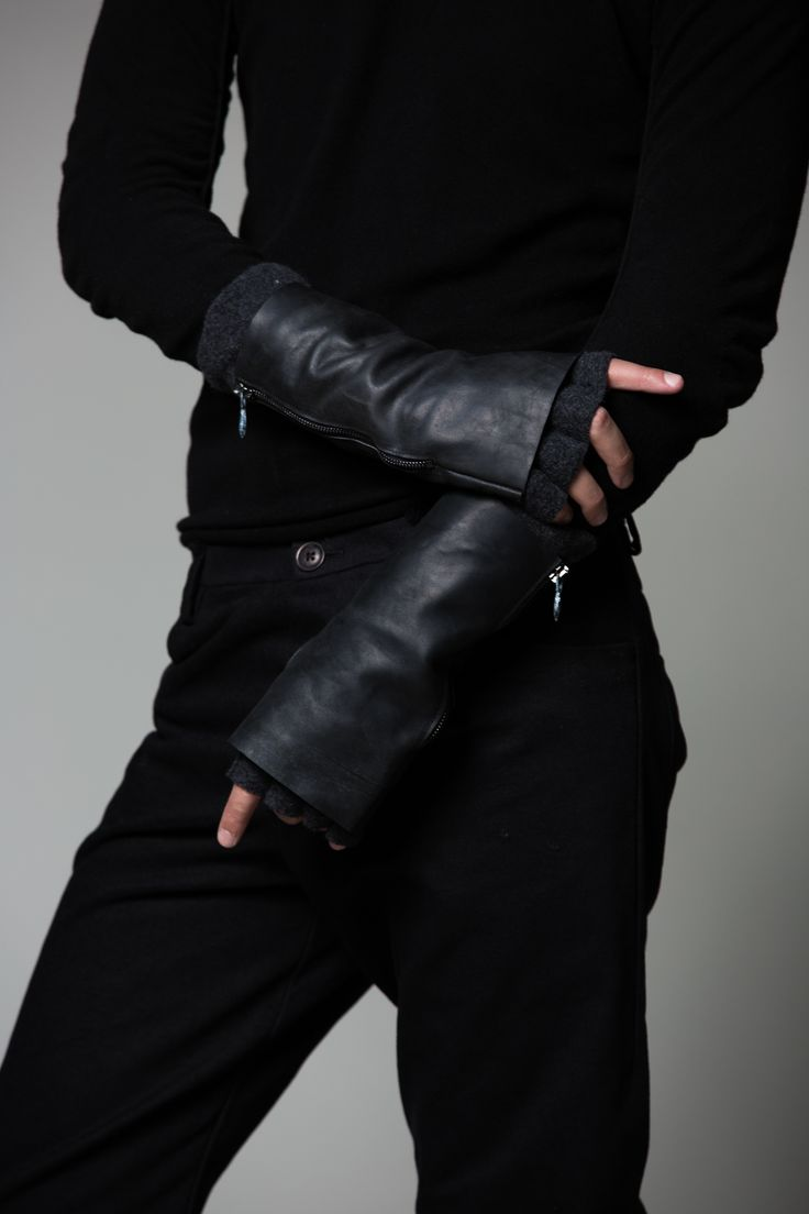 Black leather cut off gloves - Visions Of The Future Incarnation Two Piece Gloves The Archive Http Black Glovesleather