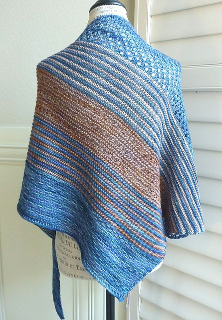 Silence by Melanie Mielinger, knitted by carolyni | malabrigo Arroyo in Coffee Toffee, Azules and Sand Bank