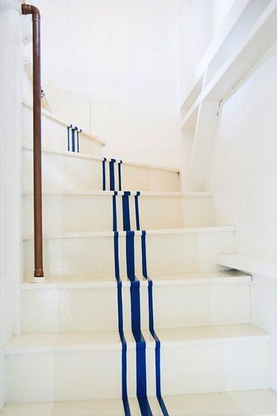 staircase DIY - painted staircase runner / ticking