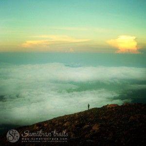 sun-rise-on-kerinci-mount3_south-sumatra_sumatran-trails-001