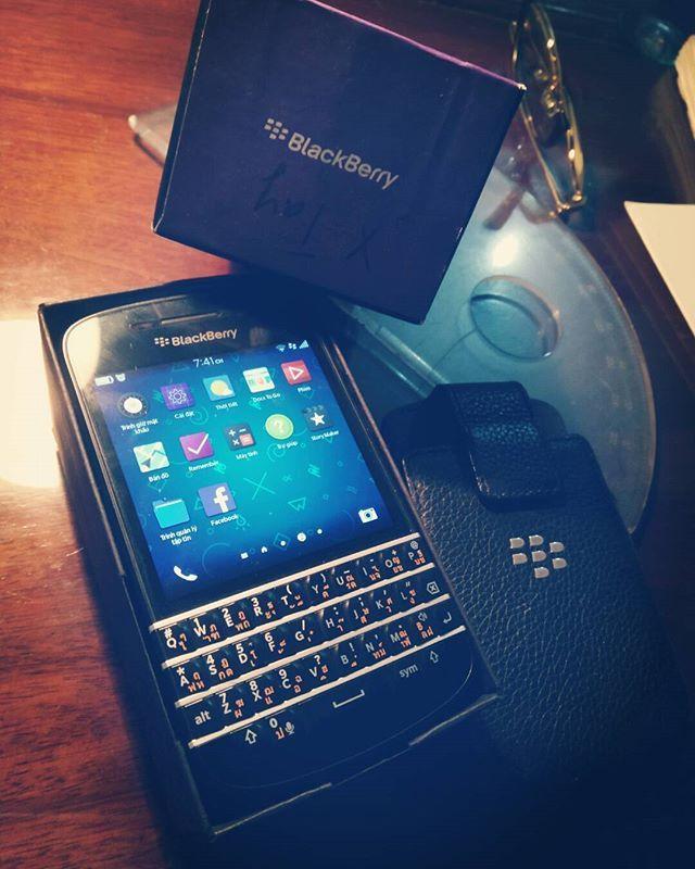 "#inst10 #ReGram @ltson_15: #blackberryq10 #blackberry #q10 #phone . . . . . . (B) BlackBerry KEYᴼᴺᴱ Unlocked Phone ""http://amzn.to/2qEZUzV""(B) (y) 70% Off More BlackBerry: ""http://BlackBerryClubs.com/p/""(y) ...... #BlackBerryClubs #BlackBerryPhotos #BBer ....... #OldBlackBerry #NewBlackBerry ....... #BlackBerryMobile #BBMobile #BBMobileUS #BBMobileCA ....... #RIM #QWERTY #Keyboard .......  70% Off More BlackBerry: "" http://ift.tt/2otBzeO ""  .......  #Hashtag "" #BlackBerryClubs "" ......."