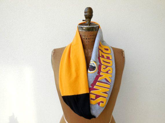 Washington Redskins T Shirt Infinity Scarf / Burgundy by ohzie