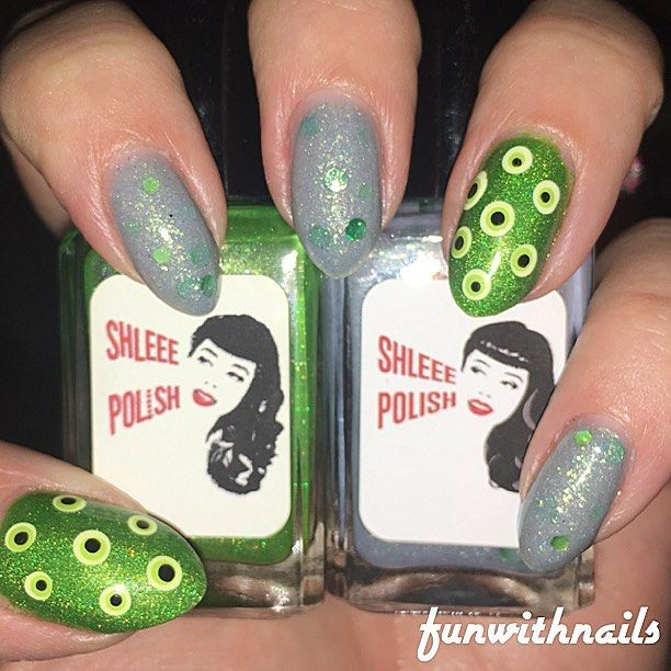 "1 Likes, 1 Comments - Heather Lee Willis (@heatherleewillis) on Instagram: ""@shleeepolish Graeae and Poison Ivy"""