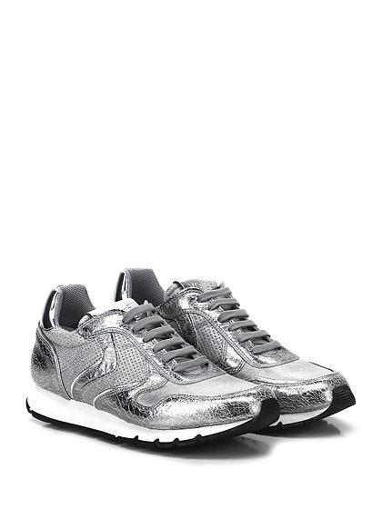 Voile Blanche - Sneakers - Donna - Sneaker in pelle laminata vintage effetto crack con parte micro forata e suola in gomma. Tacco 25, platform 15 con battuta 10. - ARGENTO
