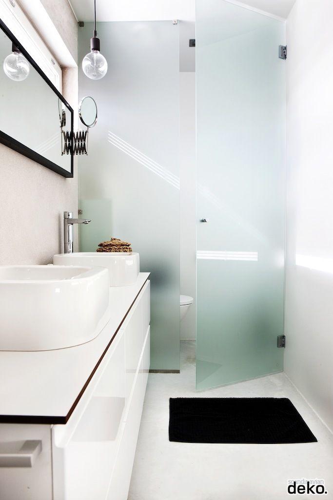 bathroom | E27 lamp by Muuto