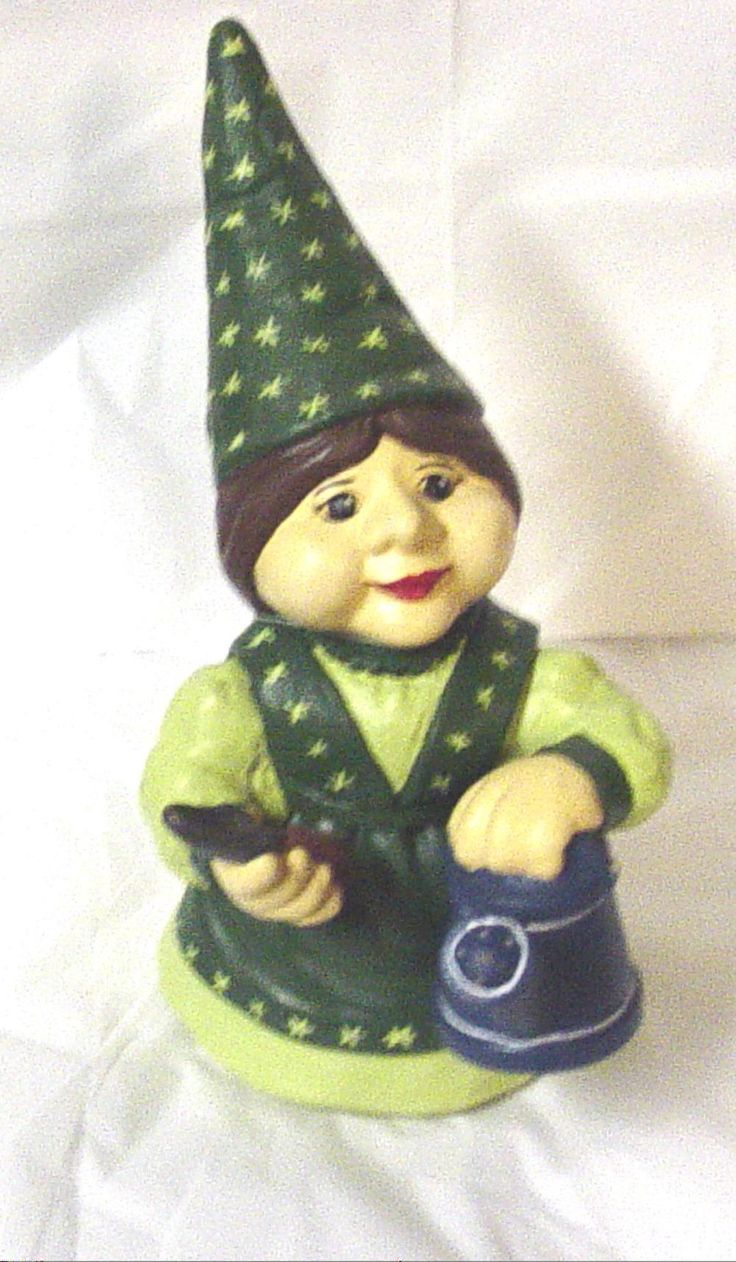Female Garden Gnomes | Main / Finished Pottery / Gnomes / lady gnome