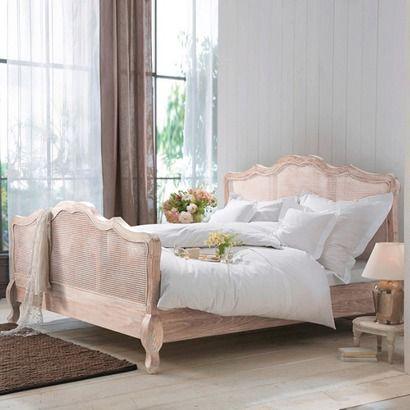 """Königliches Bett """"St Remy""""."""